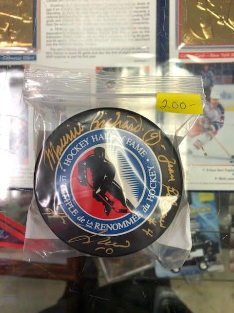 Winnipeg Manitoba Face Off Sports Cards Hockey Hall of Fame puck